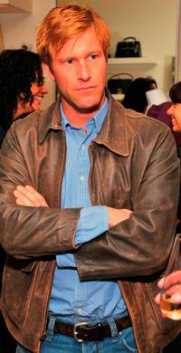 Aaron Eckhart at the Mothers Day toast.
