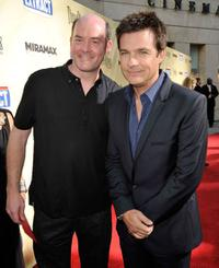 David Koechner and Jason Bateman at the premiere of
