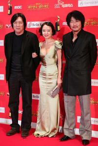 Director Lee Chang-Dong, Jeon Do-yeon and Song Gang-Ho at the 6th Korean Film Awards in Seoul.