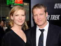 Anna Torv and Mark Valley at the premiere of