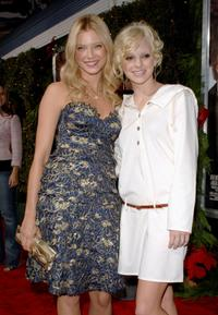 Amy Smart and Anna Faris at the premiere of