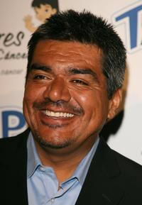 George Lopez at the El Sueno De Esperanza Gala.