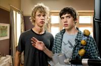 Austin Butler as Jake Pearson and Carter Jenkins as Tom Pearson in