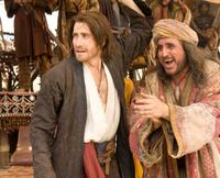 Jake Gyllenhaal and Alfred Molina in