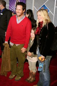 Rob Morrow and guest at the Disney premiere of Hannah Montana and Miley Cyrus.