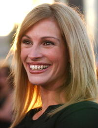"""Julia Roberts at the premiere of """"Full Frontal"""" in Beverly Hills."""