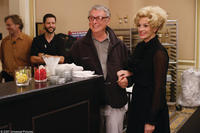 Director Mike Nichols and Julia Roberts on the set of
