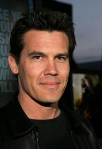 """Josh Brolin at the premiere of """"Crash"""" in Beverly Hills."""