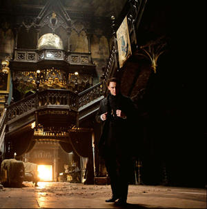 News Briefs: First Look at Tom Hiddleston in 'Crimson Peak'; New, Hilarious 'Wedding Ringer' Clip