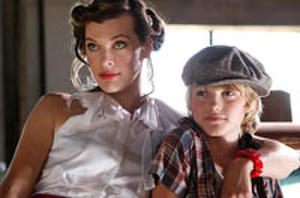Indie Close-Up: Milla Jovovich Stars in Family Comedy and Journey Back with 'The Other Dream Team'