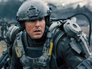 Tom Cruise Is Stuck on Repeat in 'Edge of Tomorrow' Trailer
