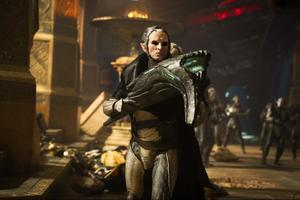'Thor' Clips: Malekith the Accursed Is Awake... and He's Furious!