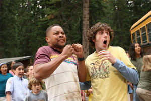 "Cuba Gooding Jr. and Josh McLerran in ""Daddy Day Camp."""