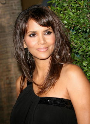 """Things We Lost in the Fire"" star Halle Berry at the L.A. premiere."