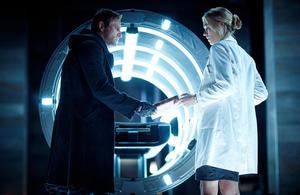 "Aaron Eckhart as Adam and Yvonne Strahovski as Terra in ""I, Frankenstein."""