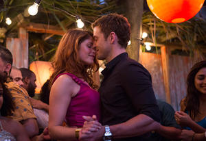 "Rebecca Shafran (Gemma Arterton) and Richie Furst (Justin Timberlake) in ""Runner, Runner."""