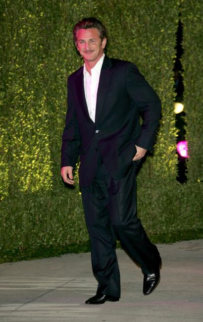 Sean Penn at the 2007 Vanity Fair Oscar Party.