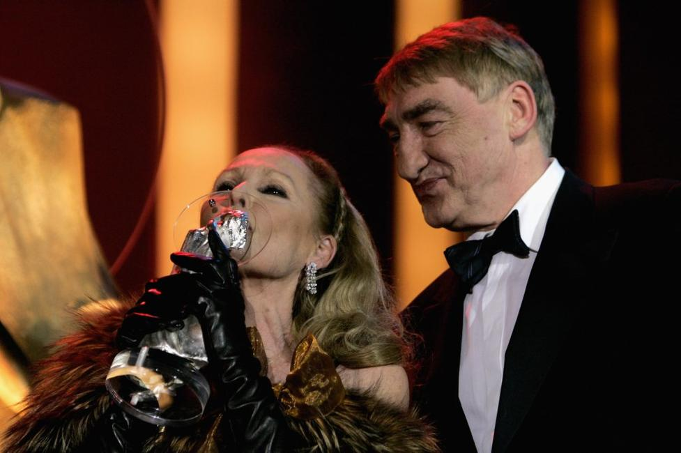 Ursula Andress and Gottfried John at the ceremony of the Diva Awards 2007.