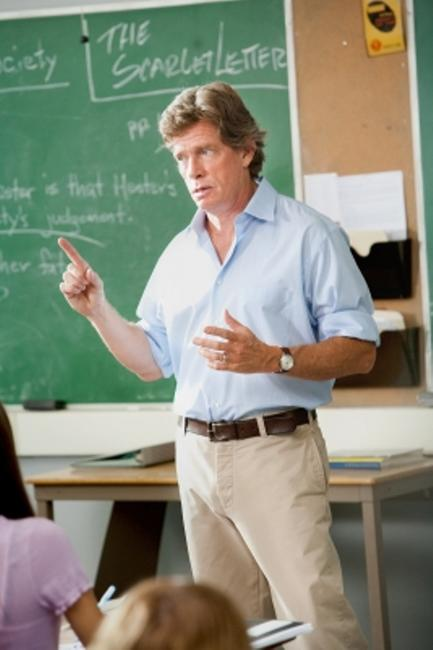 Thomas Haden Church as Mr.Griffith in
