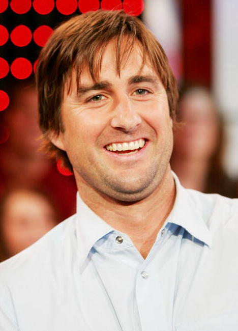 Luke Wilson at the MTV's Total Request Live.
