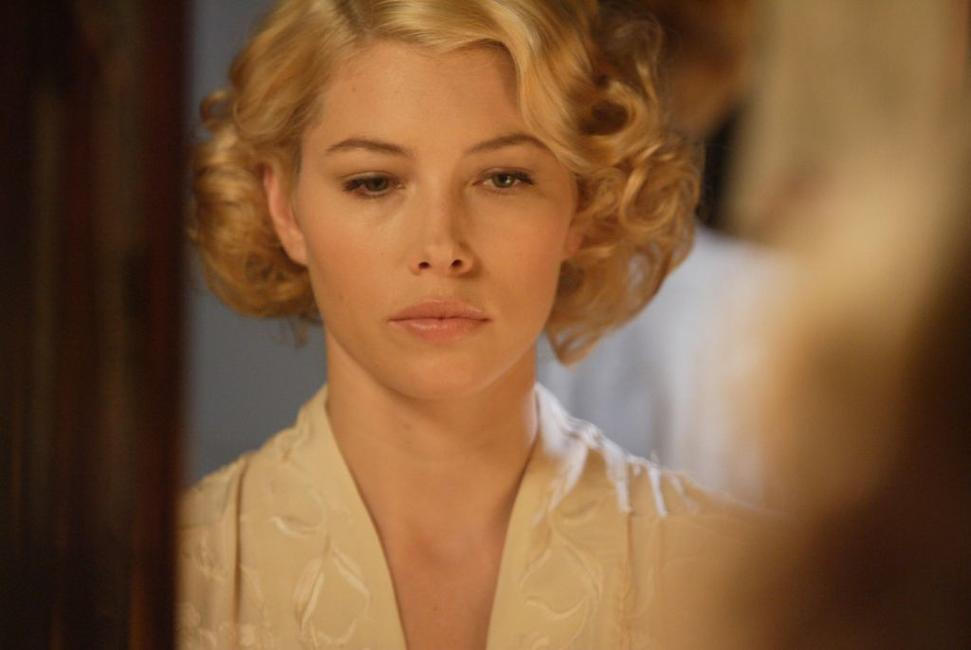 Jessica Biel as Larita in