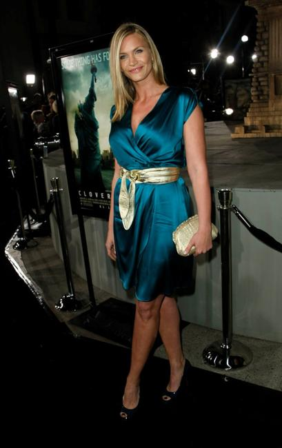 Natasha Henstridge at the Los Angeles premiere of