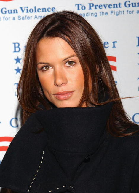 Rhona Mitra at the Brady Center to Prevent Violence Benefit in Beverly Hills.