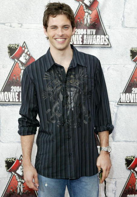James Marsden at the 2004 MTV Movie Awards in Culver City, California.