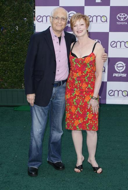 Frances Fisher and Norman Lear at the 17th Annual Environmental Media Awards.