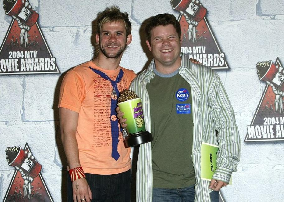 Sean Astin and Dominic Monaghan at the 2004 MTV Movie Awards.