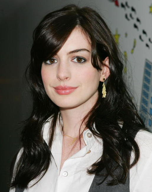Anne Hathaway at MTV