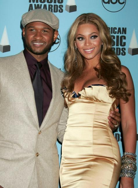 Usher and Beyonce Knowles at the 2007 American Music Awards.