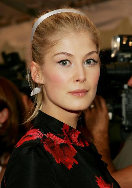 Rosamund Pike at the gala premiere of