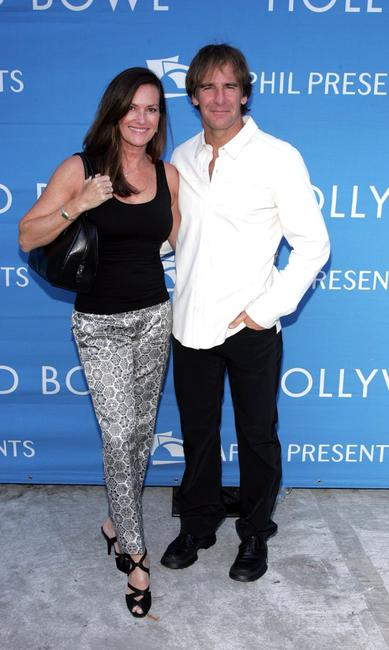 Scott Bakula and Chelsea Field at the 8th Annual Hollywood Bowl Hall Of Fame Night honoring its Orchestra Founding Director John Mauceri and Tenor Placido Domingo at the Hollywood Bowl.