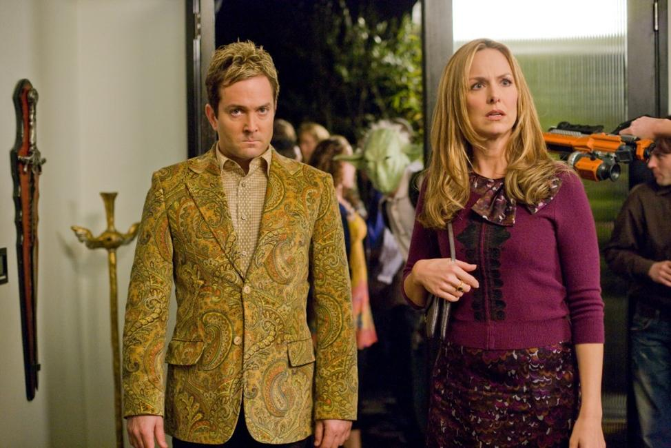 Thomas Lennon as Ned Gold and Melora Hardin as Principal Jane Masterson in