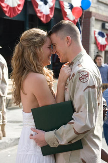 Abbie Cornish and Channing Tatum in