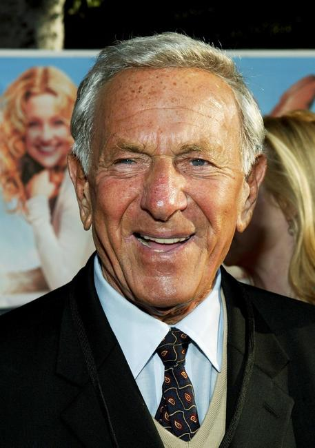 Jack Klugman at the Hollywood premiere of