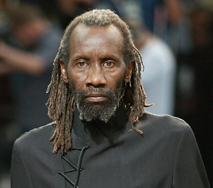Sotigui Kouyate at the men's spring-summer 2004 ready-to-wear collections.