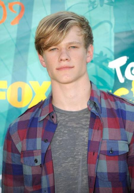 Lucas Till at the 2009 Teen Choice Awards.