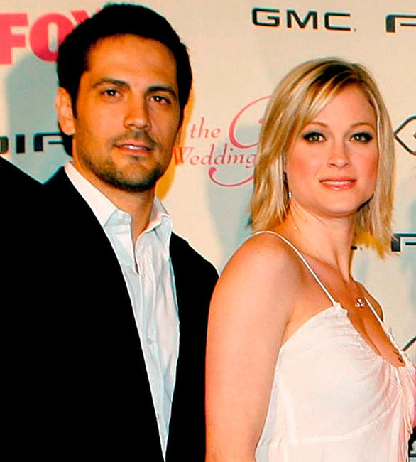 Michael Landes and Teri Polo at the California premiere of