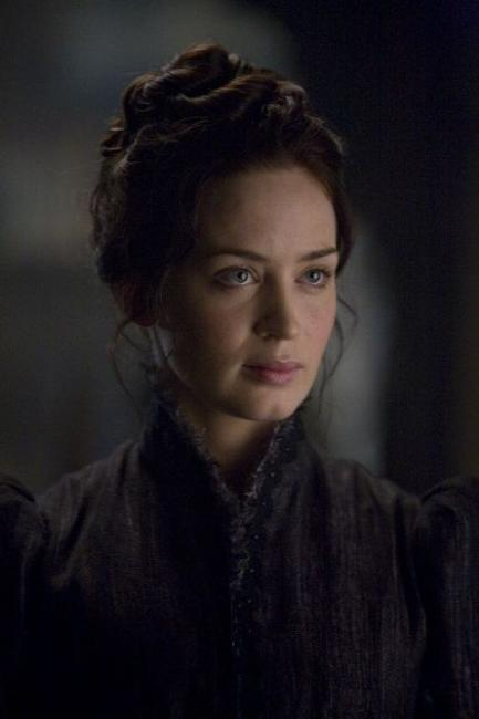 Emily Blunt as Gwen Conliffe in