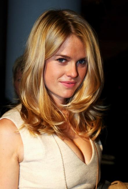 Alice Eve at the Aquascutum LFW Spring / Summer 2009 show.