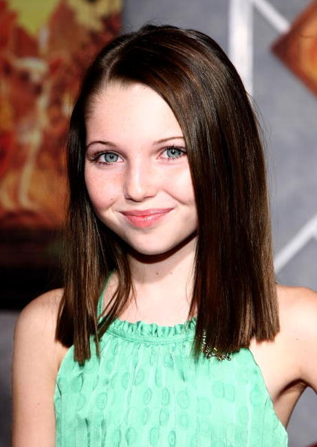 Sammi Hanratty at the world premiere of