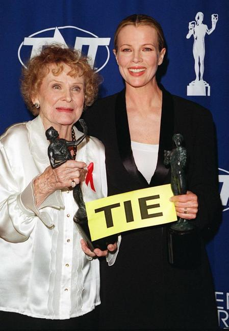 Kim Basinger and Gloria Stuart at the 4th Annual Screen Actor Guild Awards.