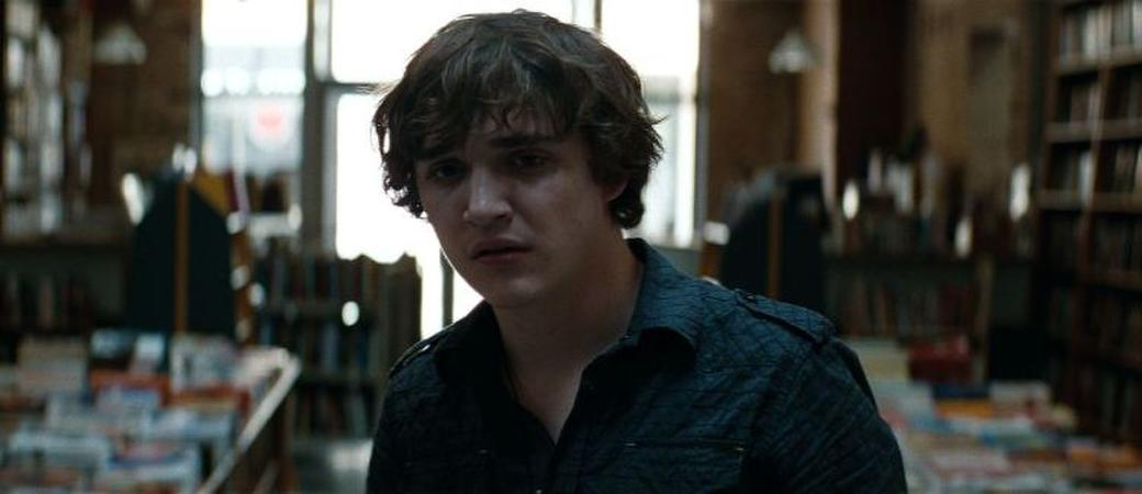 Kyle Gallner as Quentin Smith in