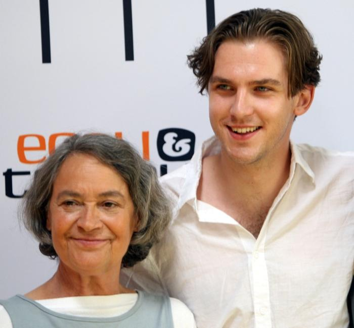 Monica Bleibtreu and Dan Stevens at the photocall of