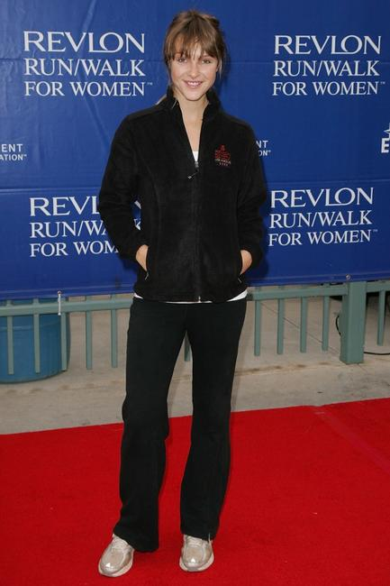 Beau Garrett at the 15th Annual EIF Revlon Run / Walk For Women.