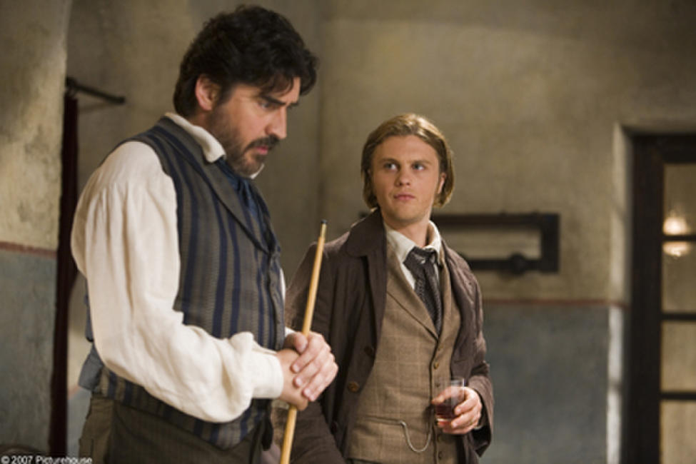 Alfred Molina and Michael Pitt in