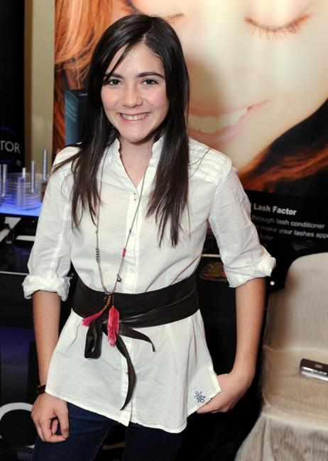 Isabelle Fuhrman at the DPA Golden Globes Gift Suite.