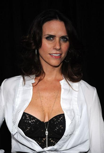 Amy Landecker at the DIC/InStyle's 9th Annual Awards Season Diamond Fashion Show Preview.